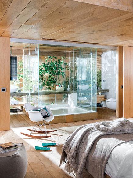 Transparante slaapkamer van loft in Barcelona  Inrichting-huis.com