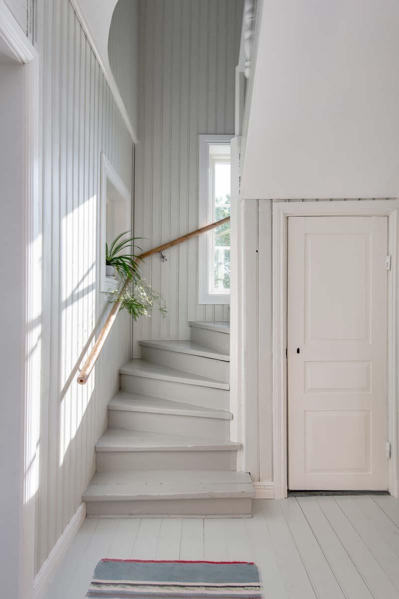 trap verven lichtgrijs