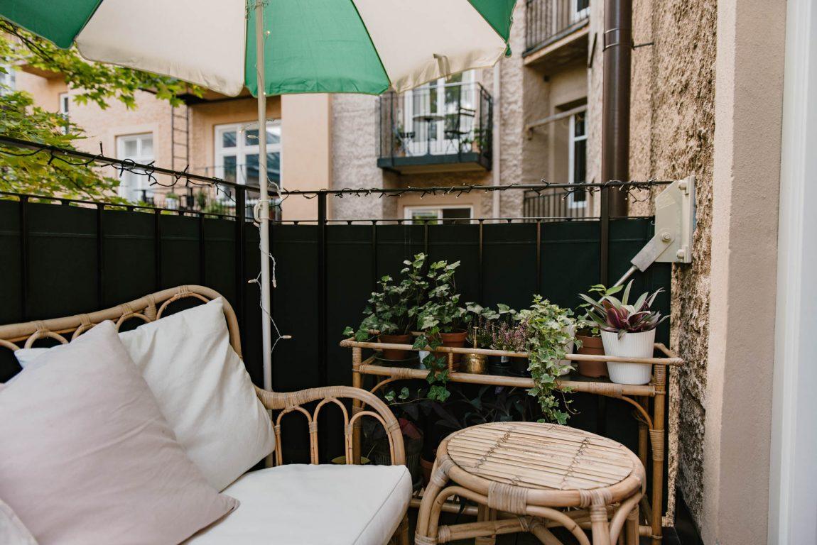 tropisch balkon met de ikea rotan meubelen inrichting. Black Bedroom Furniture Sets. Home Design Ideas