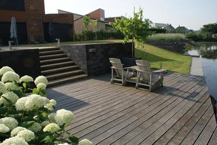 Tuin met 2 niveau's in Beuningen