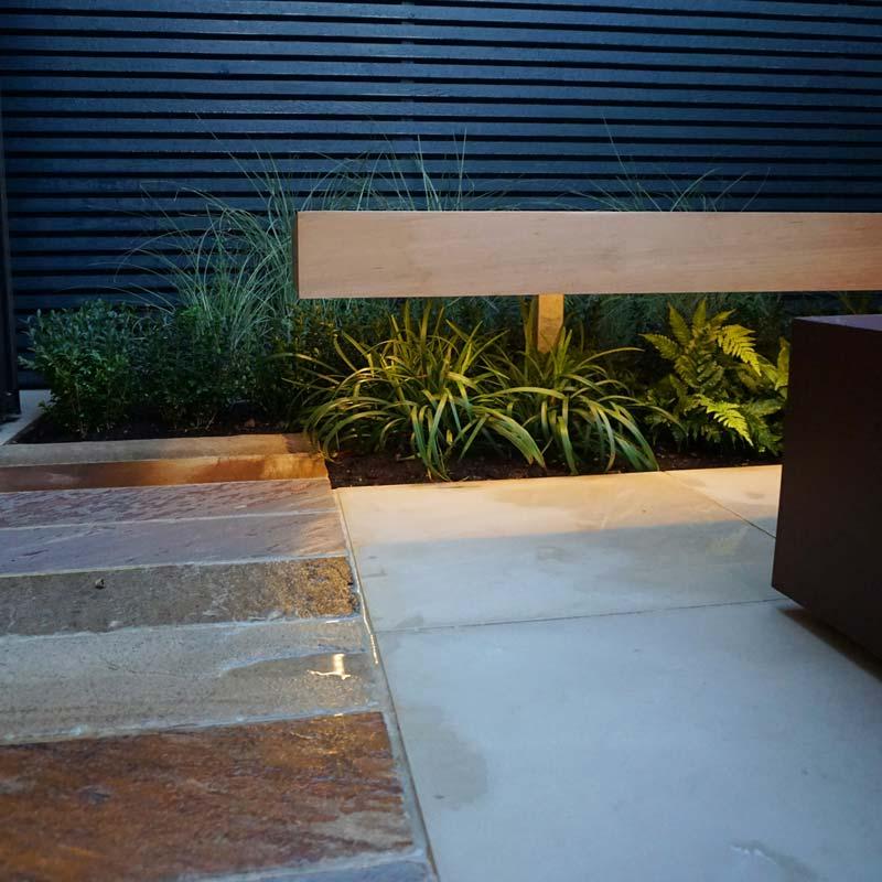 tuin voorbeelden verlichting gazon