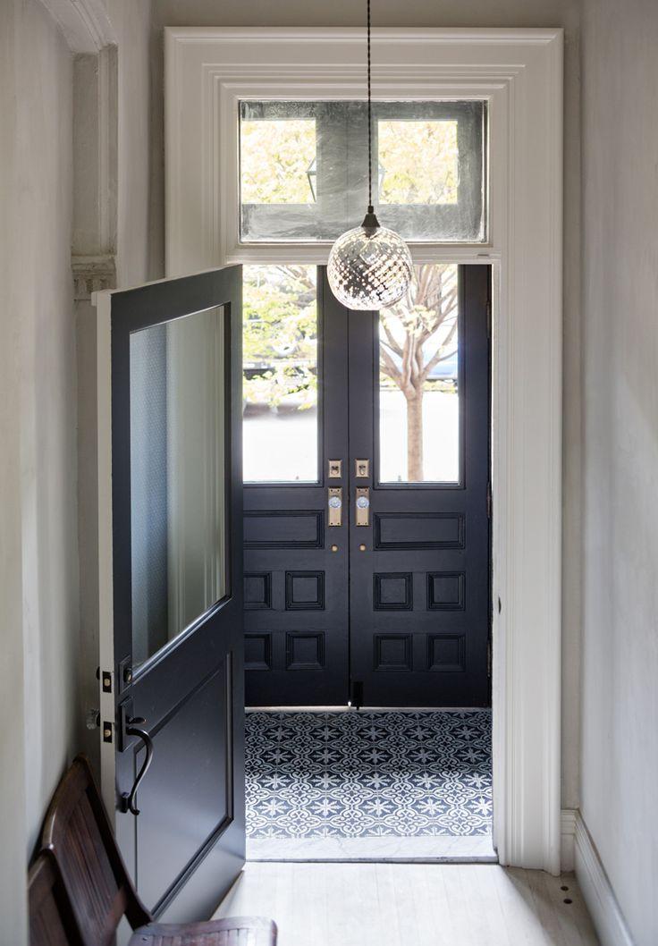Tweede deur in de hal