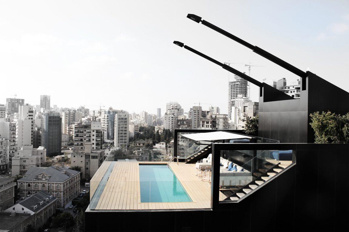 Ultra luxe dakterras met groot zwembad
