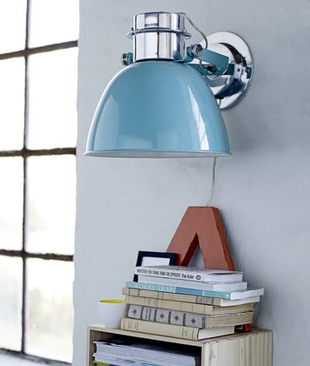 Minimalistische industriele wandlamp