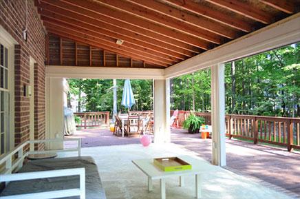 Verbouwing van grote terrastuin