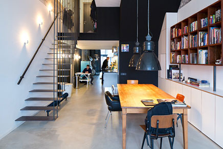 Verbouwing industriële loft in Amsterdam