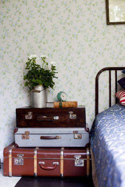 Vintage koffers nachtkastje