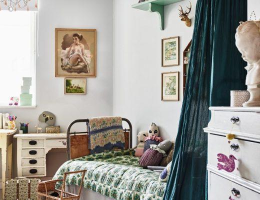 Vintage meisjeskamer
