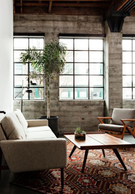 Vintage meubels in kantoor
