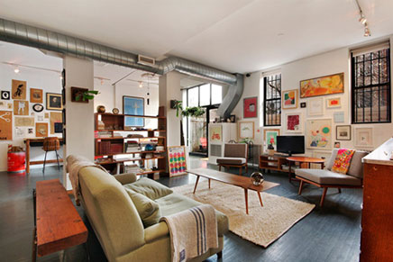 Artist loft apartment lacuna artist lofts studios artist has been able to realize lofty dreams - Inrichting woonkamer ...