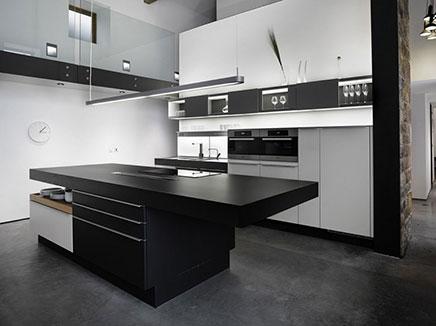 Modern Interieur Woonkamer: moderne woonkamer met pa keuken ...