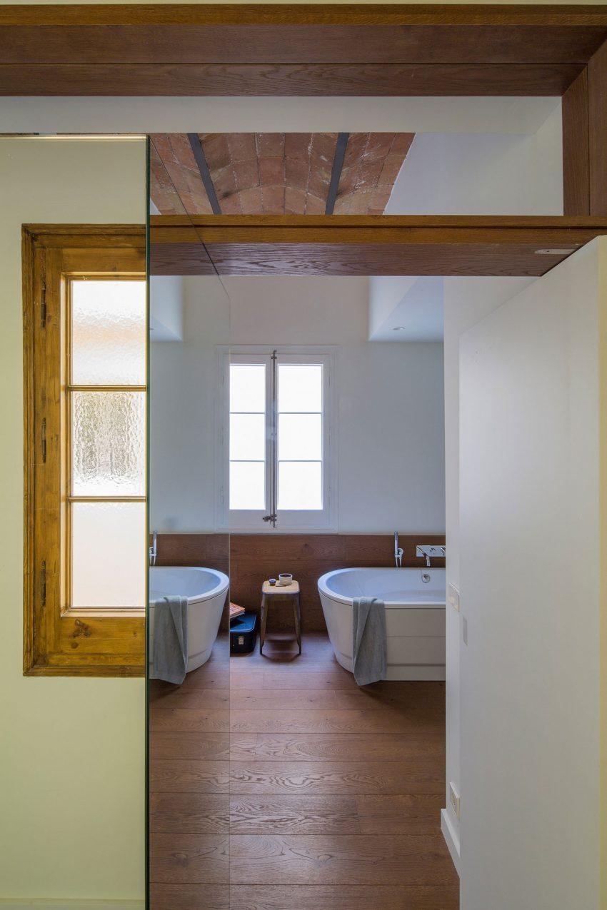 vrijstaand-bad-slaapkamer