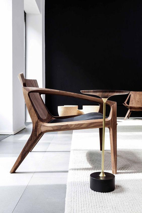 walnoot houten stoel