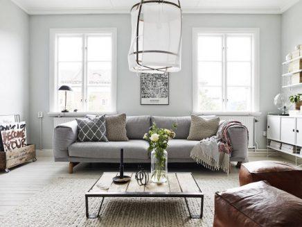 Warme scandinavische woonkamer inrichting for Interieur stijlen