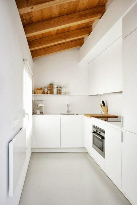 wit en hout in de keuken 4