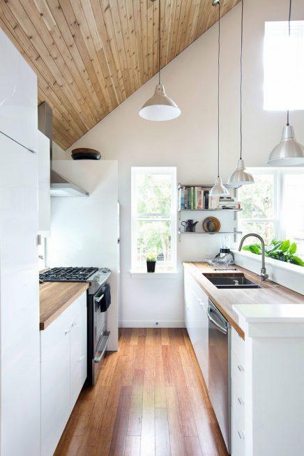 wit en hout in de keuken 7