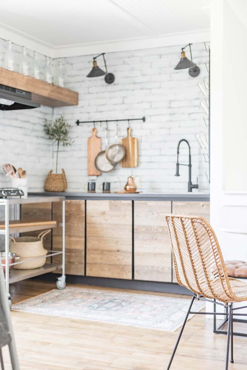 witte bakstenen keuken achterwand
