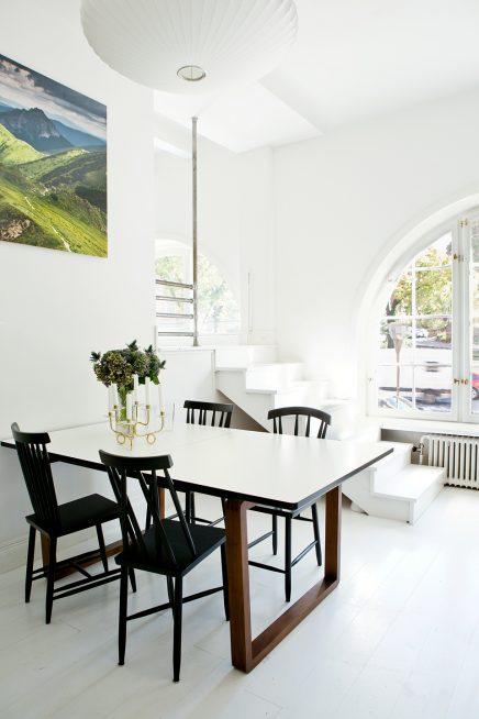 Witte houten vloer keuken