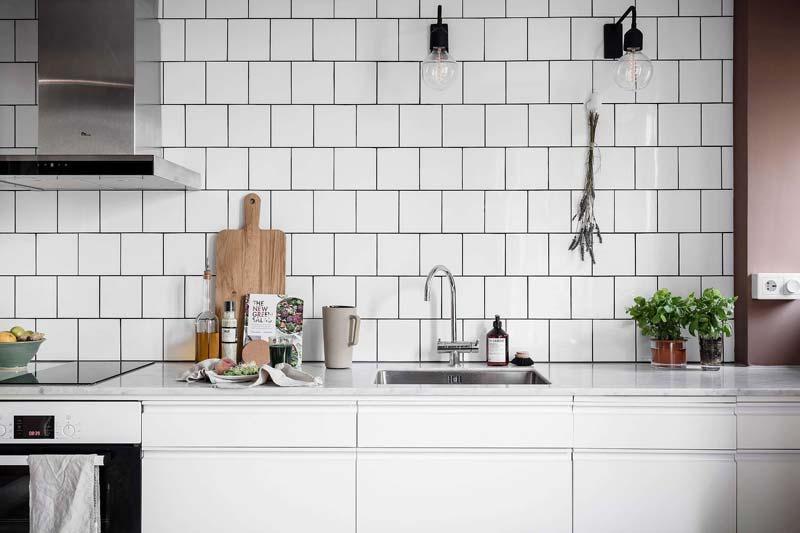 witte keuken marmeren werkblad