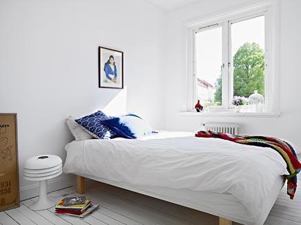langwerpige slaapkamer inrichten over sanitair
