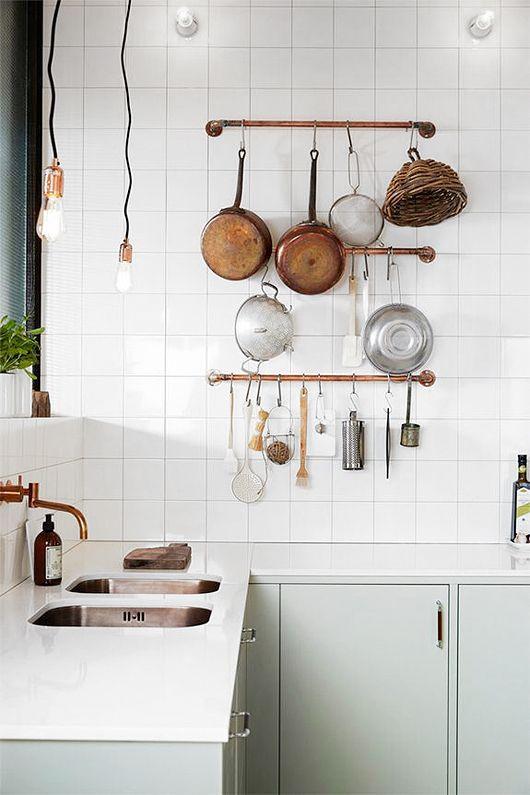 witte-vierkante-keukenwand-tegels