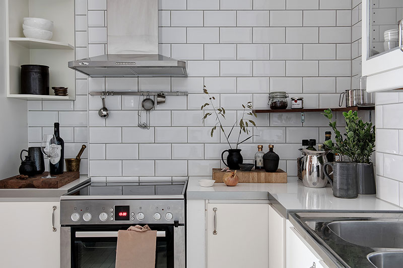 witte wandtegels keuken achterwand