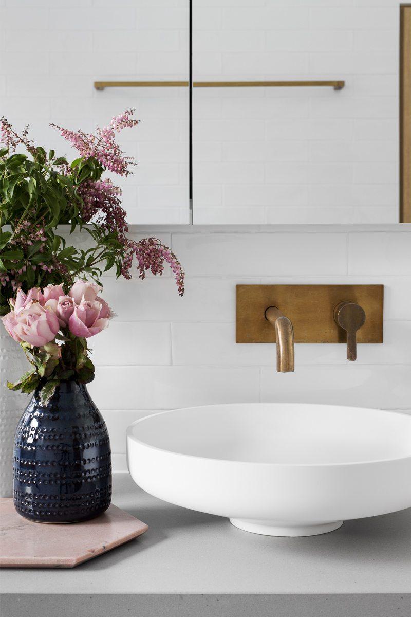 witte-waskom-badkamer