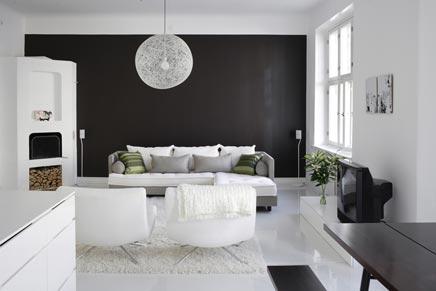 http://www.inrichting-huis.com/wp-content/afbeeldingen/witte-woonkamer-witte-open-keuken.jpg