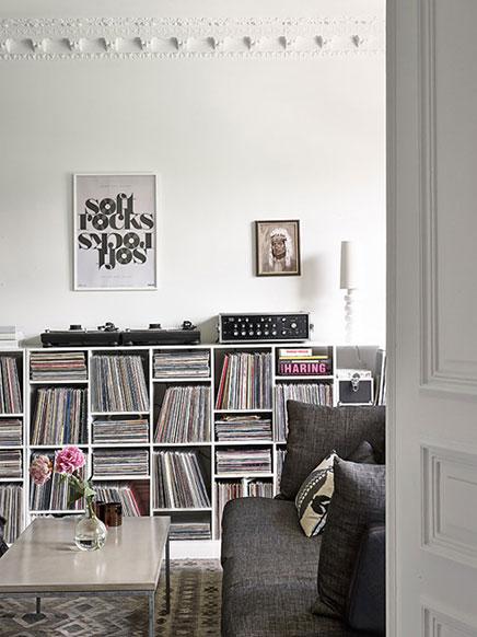 Witte Zweedse woonkamer