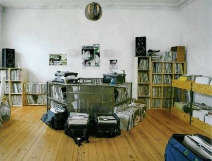 Woonkamer van DJ's