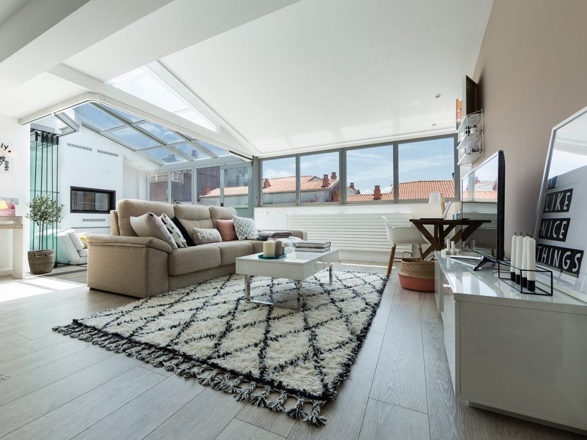Woonkamer Idee Serre : Deze woonkamer is uitgebreid met een zonnige serre lounge