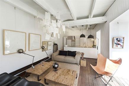 Woonkamer in de kelder met tuin terras inrichting - Kleine moderne woonkamer ...