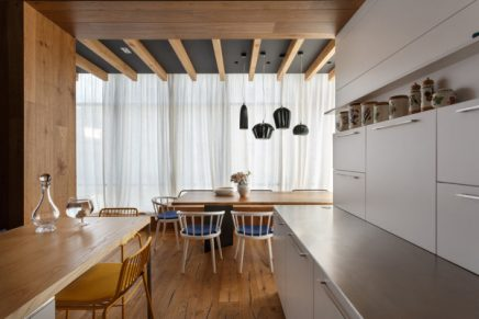 Woonkamer Met Mooie Ramen: Inrichten woonkamer voorbeelden ...