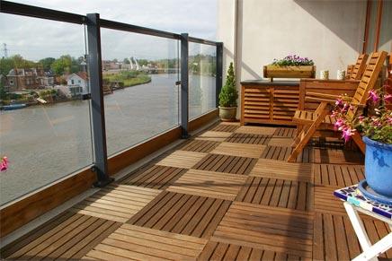 Zonnig balkon aan de zaan inrichting for Tegels voor dakterras