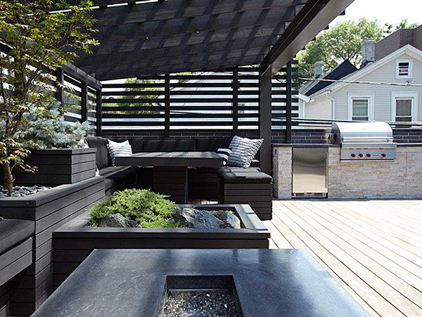 zwart-geschilderd-hout-dakterras
