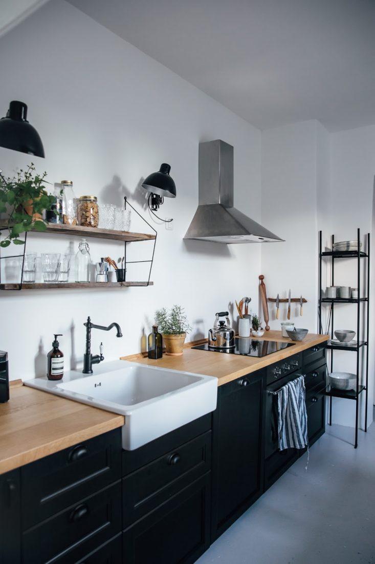 zwarte-keuken-eiken-houten-werkblad