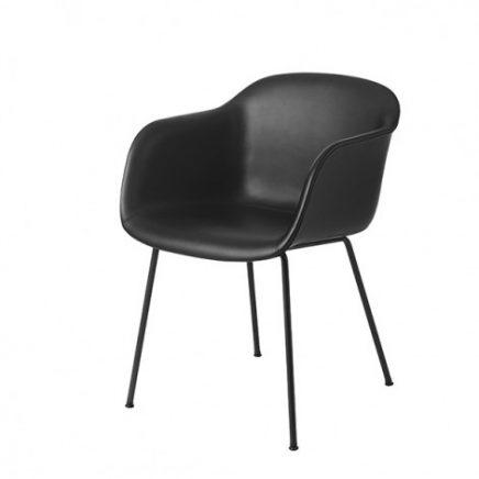zwarte muuto fiber chair stoel