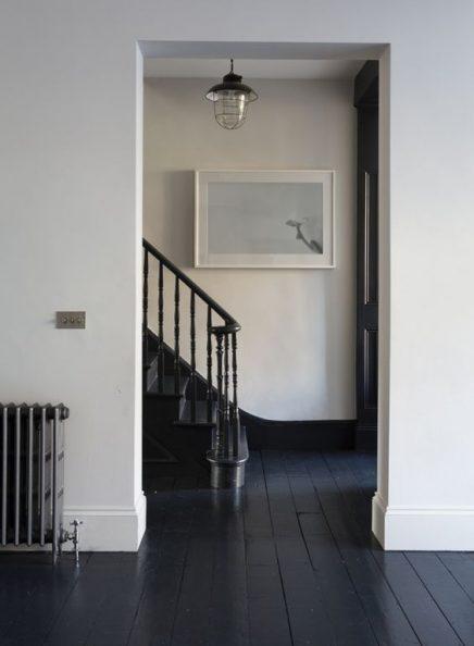 Zwarte plinten   Inrichting-huis.com