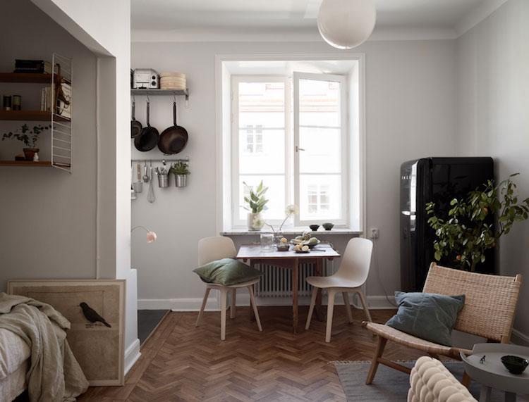 zwarte smeg koelkast klein appartement