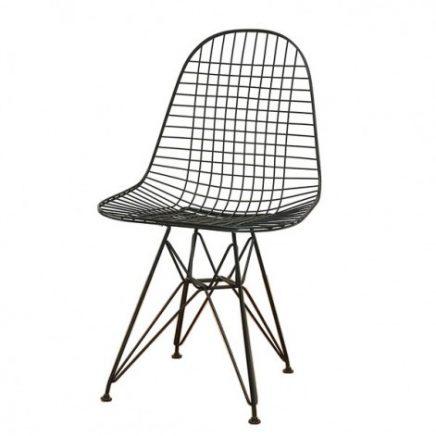 zwarte vitra wire chair-stoel
